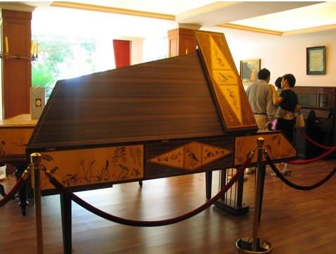 钢琴博物馆 - 景点展示